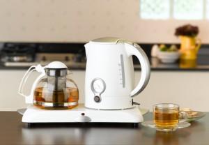Der Artikel erklärt die Funktionen von Teeautomaten.